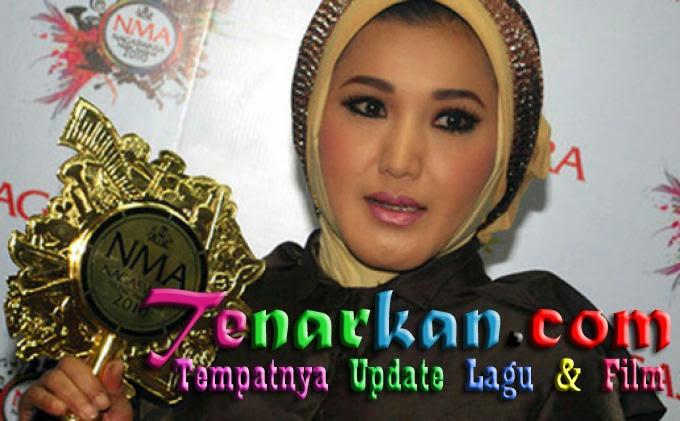 Download Kumpulan Lagu Dangdut Evie Tamala Terlengkap