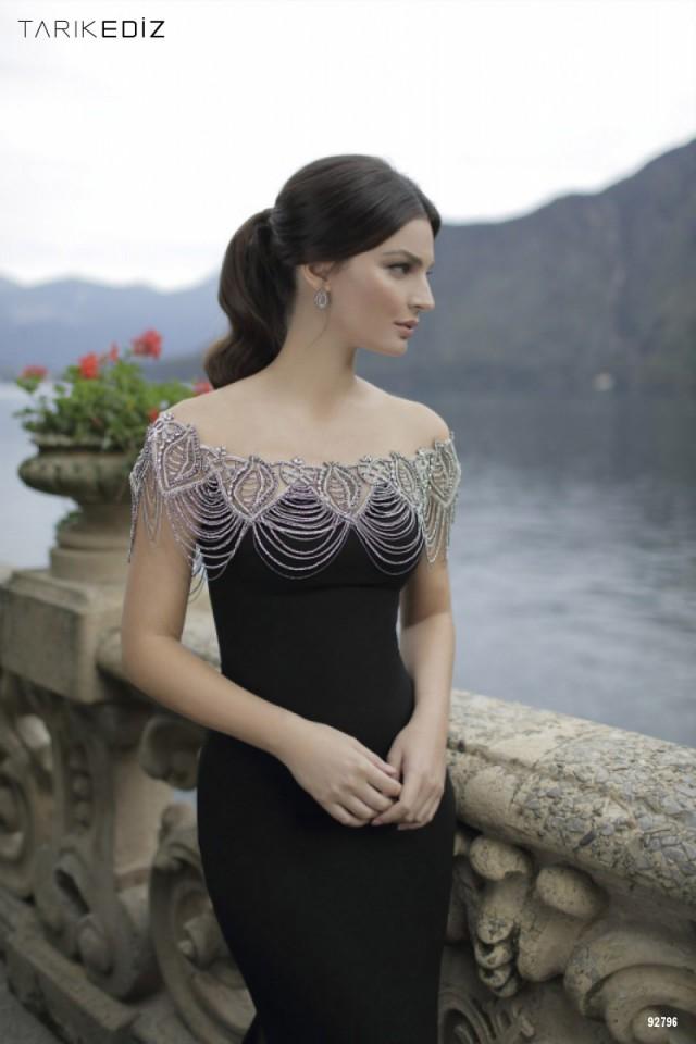 modas de vestidos sencillos