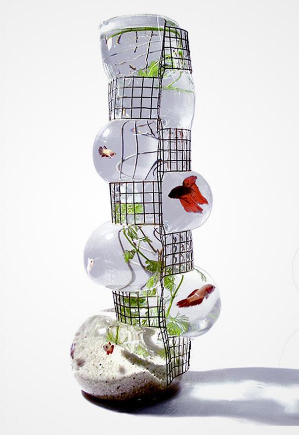 Unique betta fish tank art projects art ideas for Aquarium original poisson rouge
