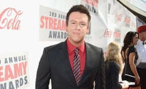 Philip DeFranco Net Worth : How Much Money Philip DeFranco Makes On YouTube
