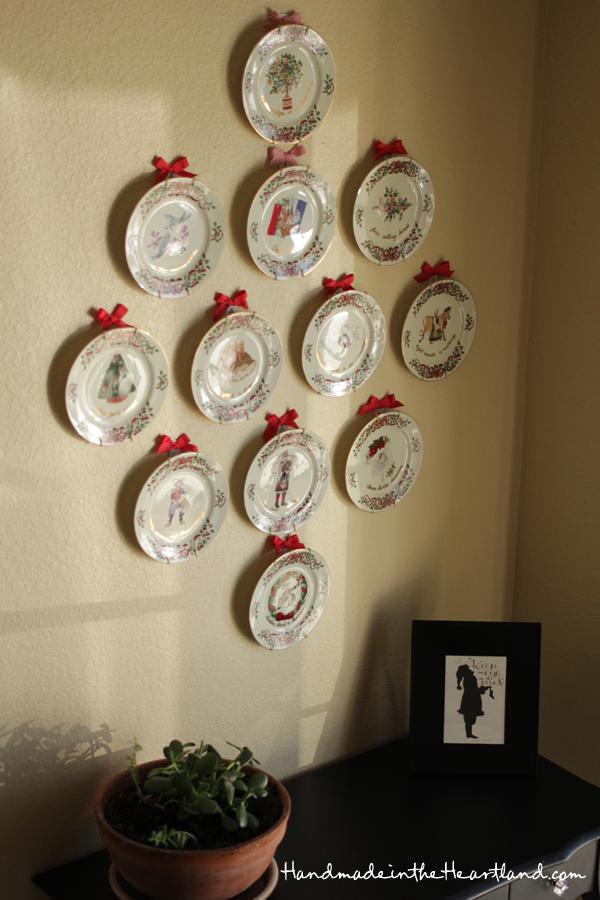 vintage 12 days of Christmas plates