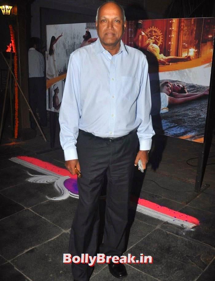 Manmohan Shetty, Pics from 'Rang Rasiya' Music Launch