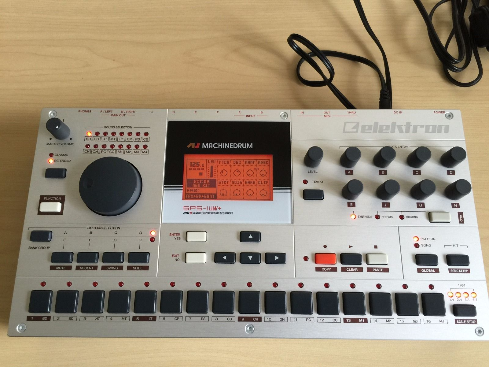 matrixsynth elektron machinedrum sps 1 uw mkii drum synthesizer with innerclock systems sync lock. Black Bedroom Furniture Sets. Home Design Ideas