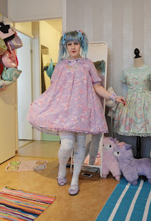 kawaii sweet lolita fashion cute blue hair