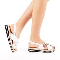 Sandale albe cu talpa groasa de vara ieftine