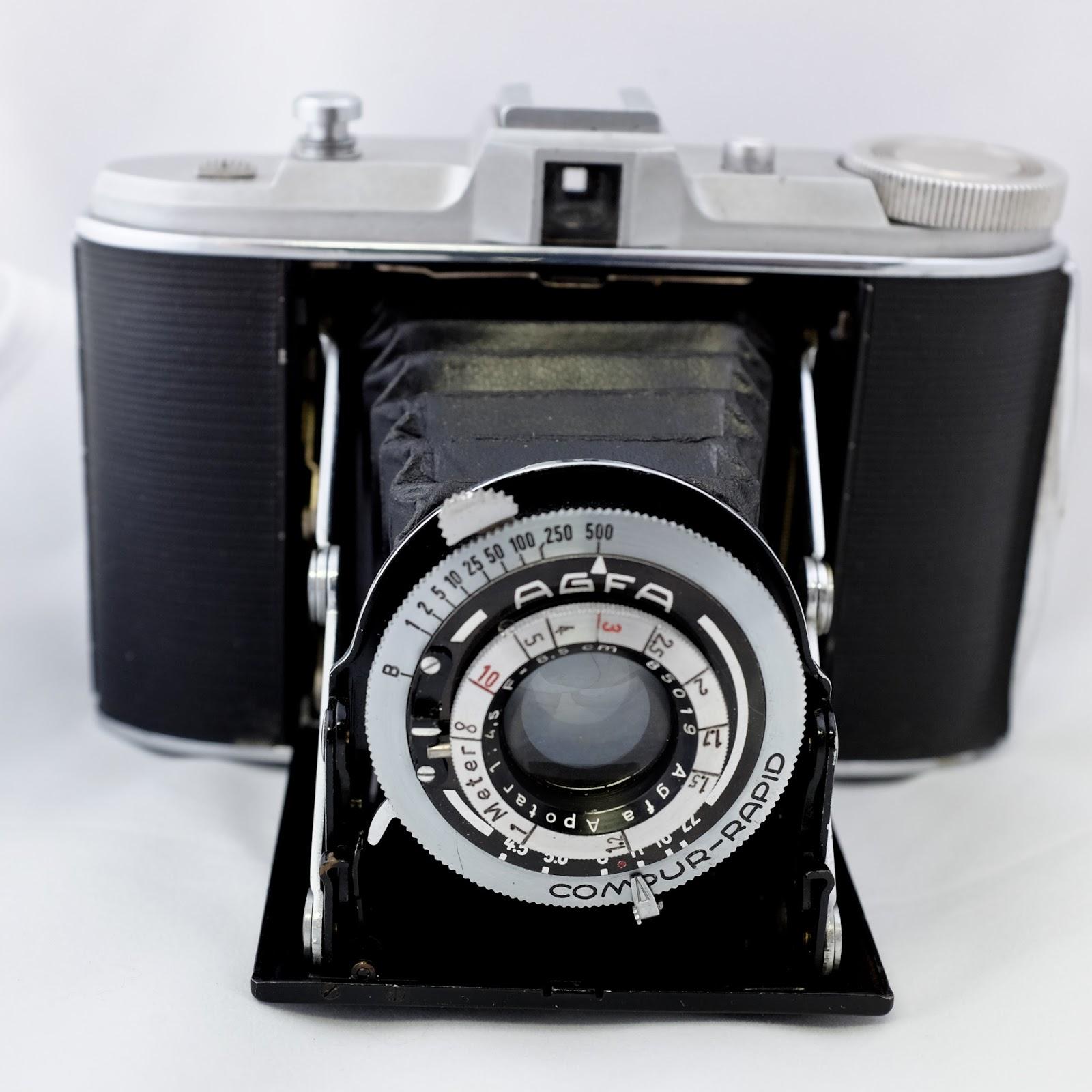 Random Camera Blog: 6x6 Folding Cameras