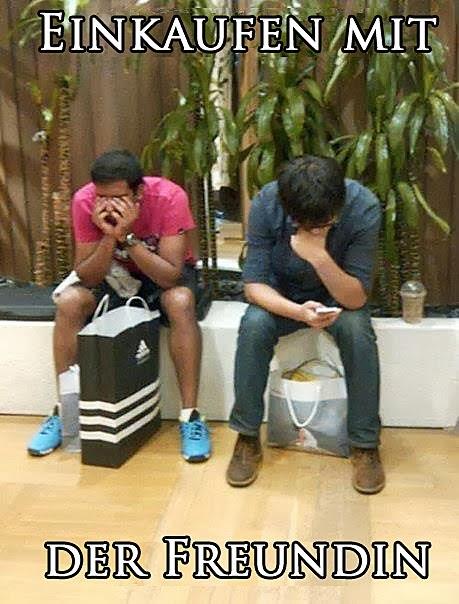 Männer warten im Shoppingcenter auf Freundin Humor Bilder mit Text