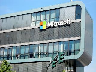Microsoft ने बनाया लाखो लोगो को करोडपति- Microsoft के बारे मे रोचक तथ्य। Amzing facts about Microsoft In Hindi, microsoft facts in hindi, microsoft hindi, microsoft interesting facts in hindi