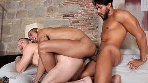 Hot Stuff Sexendipity – Hans Berlin, Ansony, Louis Ricaute (Bareback)