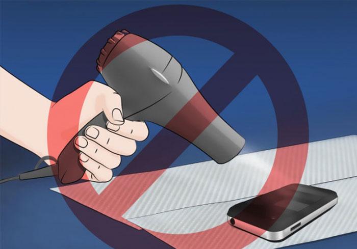 Dùng máy sấy, sấy khô điện thoại rất nguy hiểm