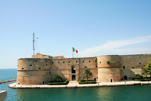 castello, mare, Castel S. Angelo Taranto