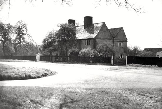 Photograph of Lower Farm, Bell Bar - photograph taken in the 1960s Image by B Warne, part of the Images of North Mymms collection