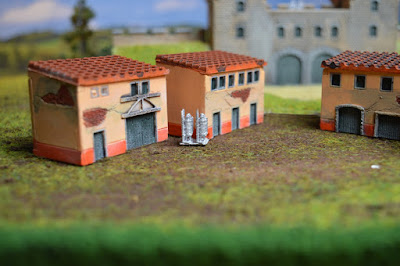 Set of 4 Roman Houses 1:144 (10-12mm) (Code: nj-144_rom2) 3