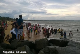 negombo sri lanka beach people