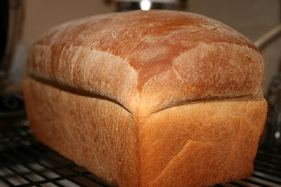 Deep South Dish Extra Large White Loaf Bread