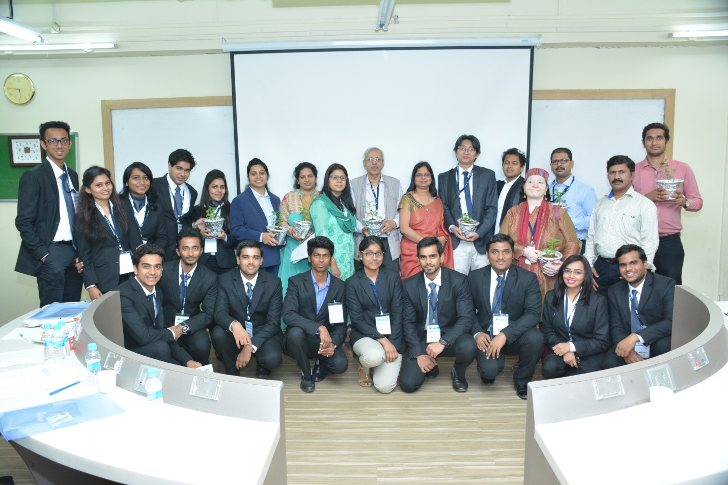 VESIM conducts seminar on social entrepreneur