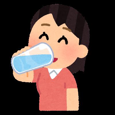 水分補給をする人のイラスト(女性・グラス)