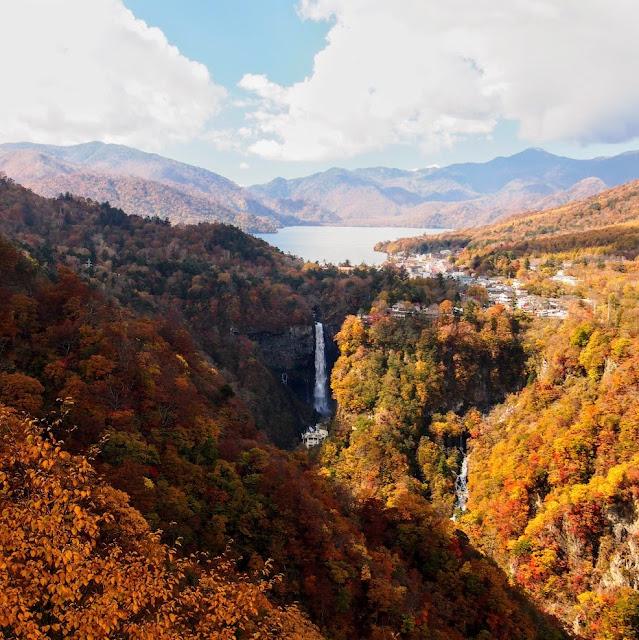 明智平展望台 華厳の滝