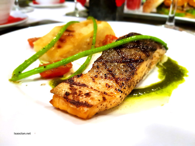 Salmon Steak and Lemon Caviar - RM38