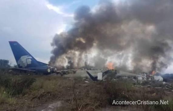 Avión se incendia