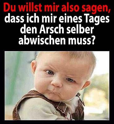 Lustiges Baby Bild mit Spruch über´s älter werden - Böser Kleinkinder Blick witzig