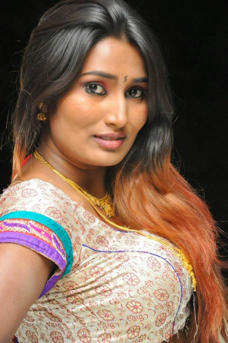 Telugu Actress Swathi Naidu Hot Photos And Hd Wallpapers -5163