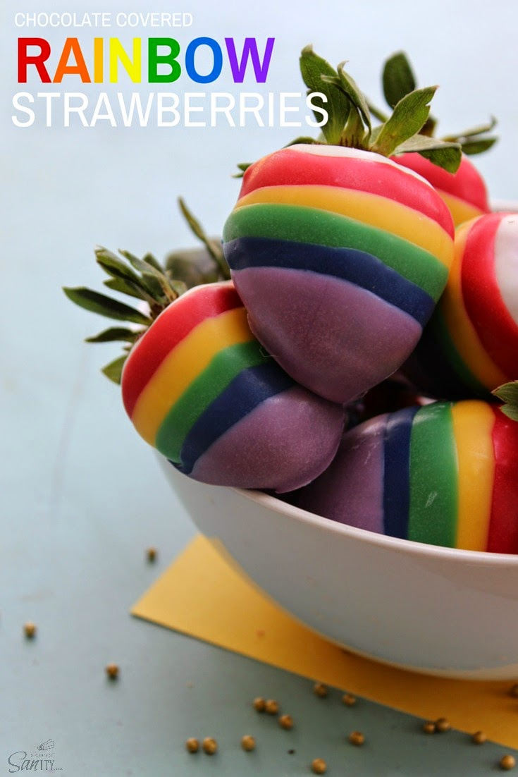 Rainbow Chocolate Covered Strawberries and Cake Pops |Rainbow Chocolate Covered Strawberries