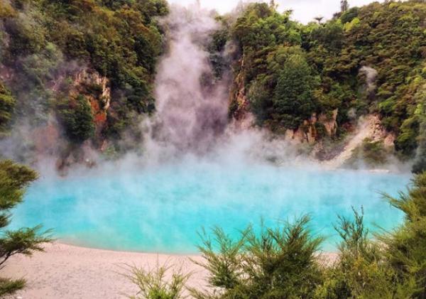 Danau Kawah Inferno, Selandia Baru