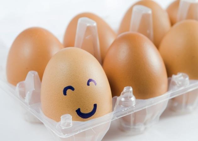 Ανέκδοτο: Ο γιος δεν τρώει το αυγό!