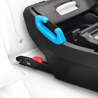 Clek Liing car seat installation, the base of the infant car seat to vehicle's built-in LATCH anchors