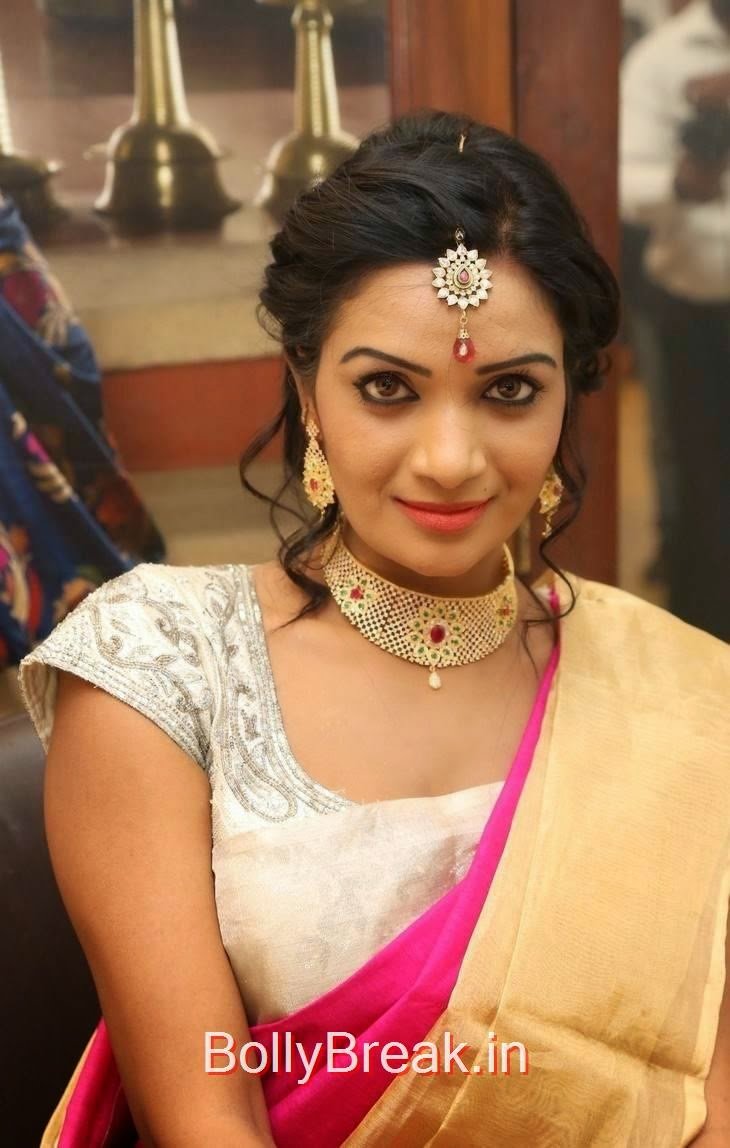 Sreevani Reddy Photos At Kalanikethan New Wedding Sarees Collection Launch, Sreevani Reddy Hot Hd Images in Saree