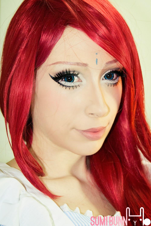 Anastasia Shapinga Makeup Look With GEO Hanabi Blue Big Eye Contacts
