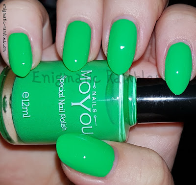 Review-MoYou-Special-Nail-Polish-Atlantic-Green