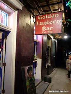 Golden Lantern Bar