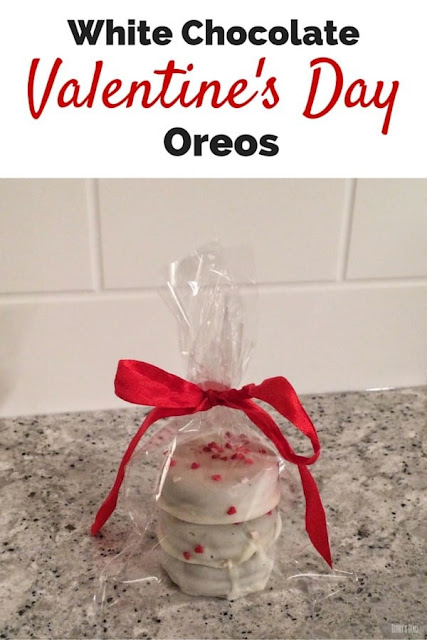 White Chocolate Valentine's Day Oreos Recipe