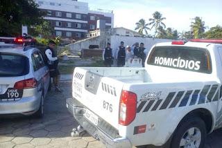 Homem é encontrado morto e amarrado com cabos de TV em bairro nobre
