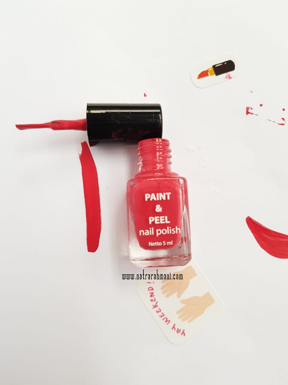 sophie-paris-paint-and-peel-nail-polish-natrarahmani