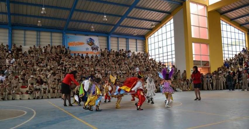 Buen Año Escolar 2018 se aperturó en la emblemática I.E. Gran Unidad Escolar San Carlos de Puno