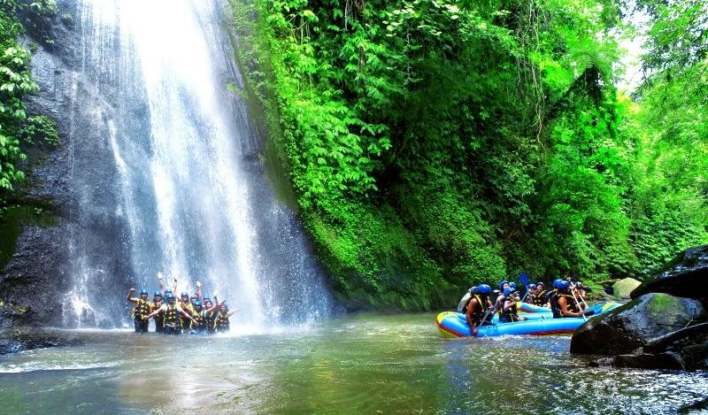 Air terjun Bali ke Dua