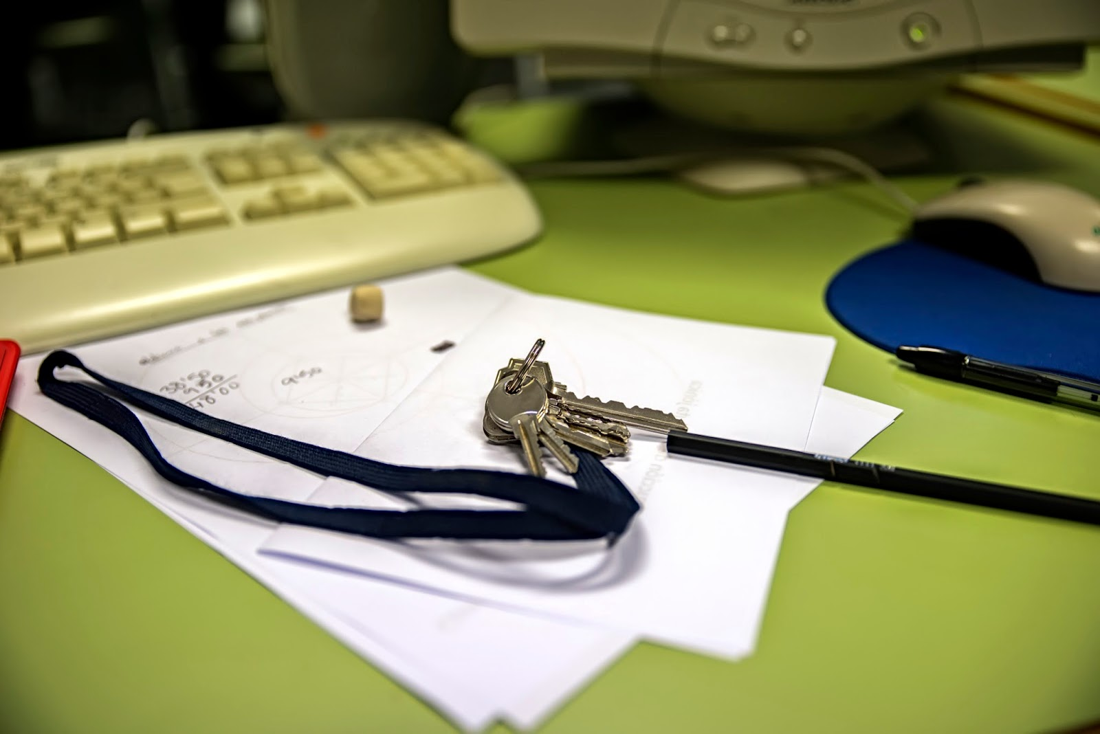 keys left on a desk