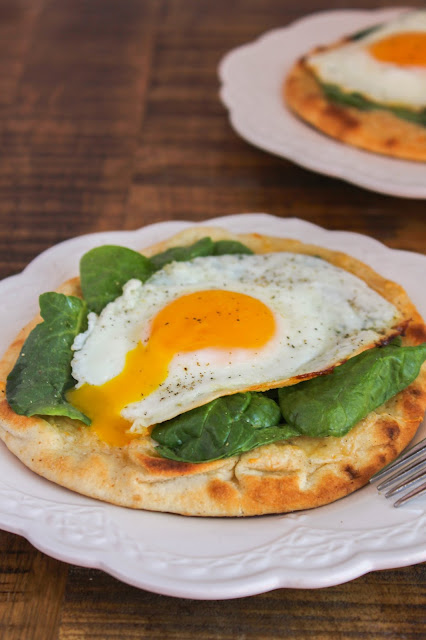 Crispy Breakfast Pitas | The Chef Next Door #BrunchWeek