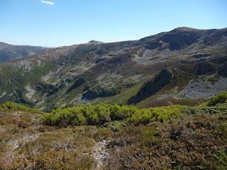 Descenso hacia el Cerro Idolén