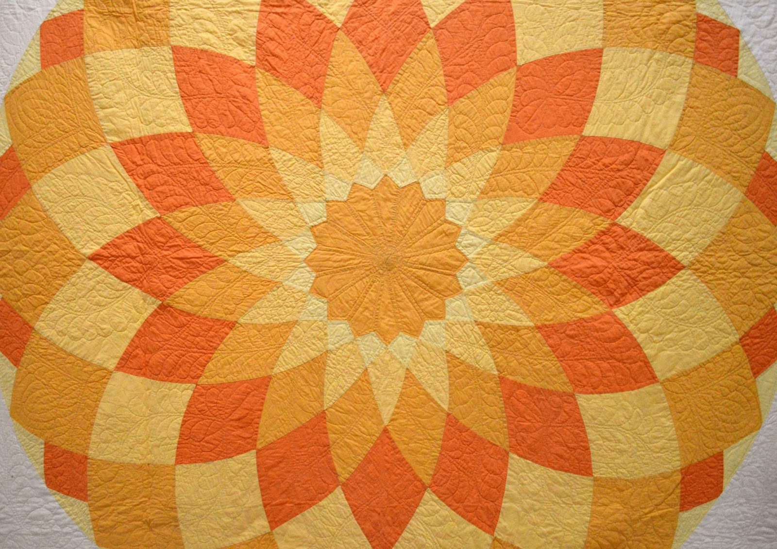 Giant Dahlia Quilt Images : Wonkyworld: The Giant Dahlia
