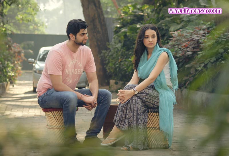 Sumit Kaul and Sanaya Irani in short film Pihu