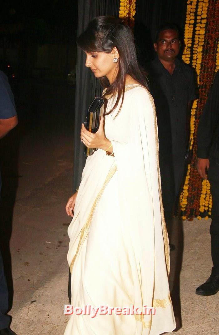 Naina Bachchan, Photos from Amitabh Bachchan's Diwali Bash 2014