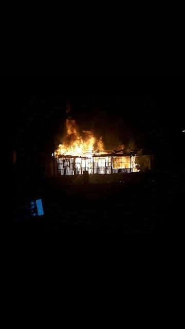 Residência é destruída pelo fogo no bairro do Miritizal