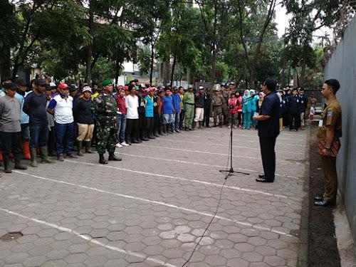 Yossi Irianto Kegiatan Padat Karya di Kecamatan Bojongloa Kidul