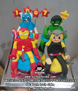 Cupcake Avengers Fondant 3d