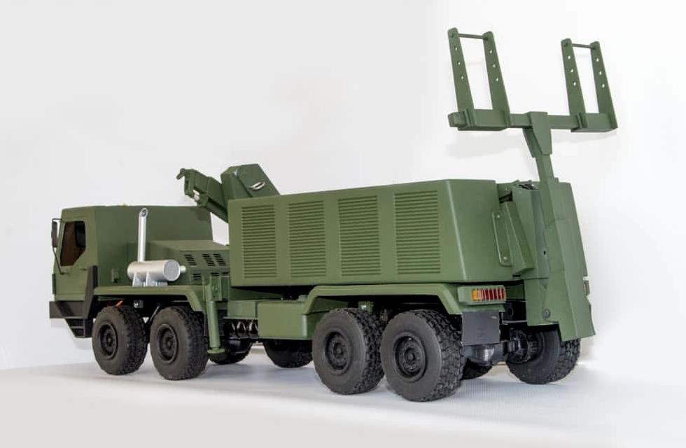 прототип важкого евакуаційного автомобіля КрАЗ-HRV 8x8