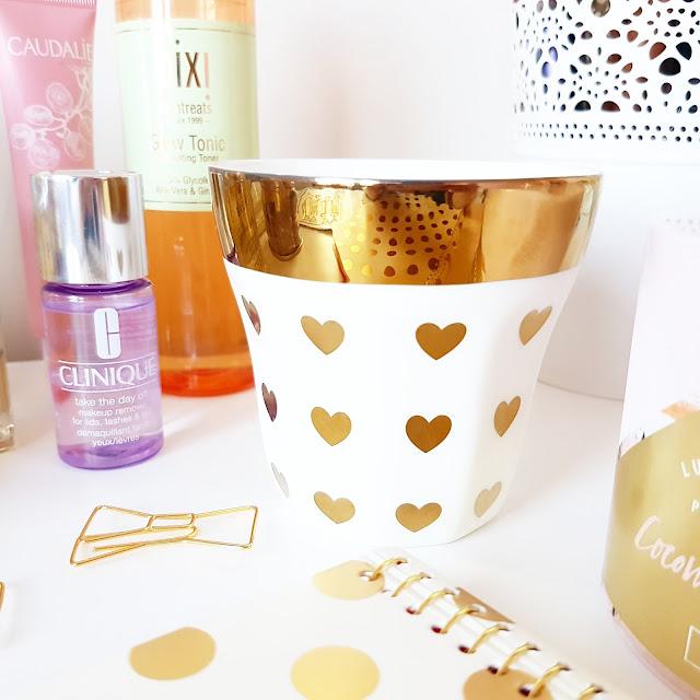 Christmas Gift Guide | Amara Luxury Gifts & Designer Homeware | Miss Etolie